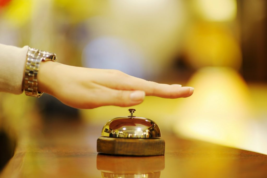 How to Make a Complaint at a Hotel